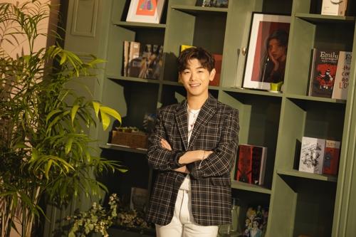 歌手ERIC NAM 韩联社/STONE MUSIC娱乐供图(图片严禁转载复制)