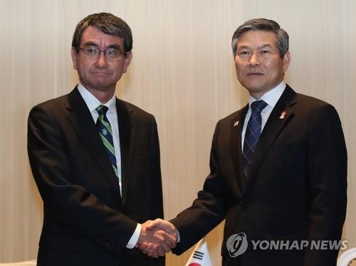 简讯:韩日防长会晤就军情协定重申原则立场