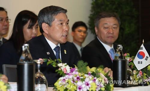 韩防长:东盟国家军机相遇时须遵守国际法