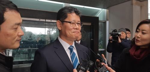 韩统一部长官金炼铁会见美国对朝代表比根