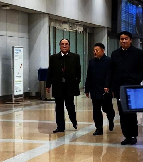 朝鲜经济相现身北京首都机场