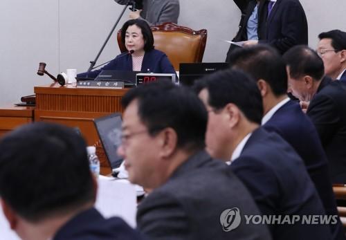 韩国国会国土交通委通过禁止网约车法案