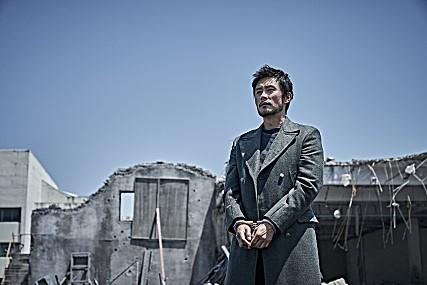 《白头山》剧照 CJ娱乐供图(图片严禁转载复制)