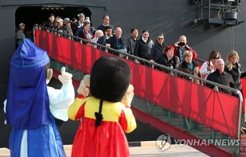 访韩邮轮游客时隔2年增加