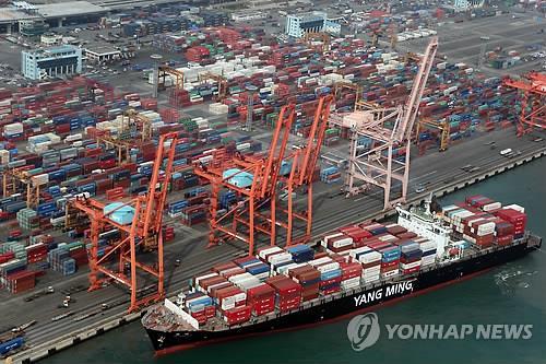统计:2018年韩国对外出口近七成依赖大企业