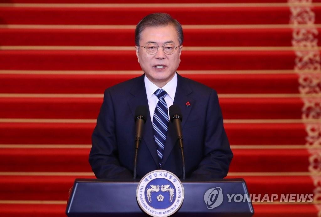 简讯:文在寅表示韩朝需合力促成金正恩访韩