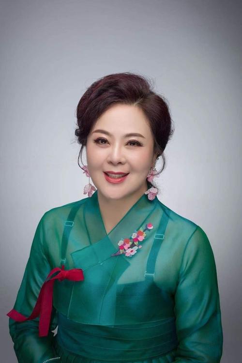 旅韩朝鲜族歌手第一人刘春今重返歌坛