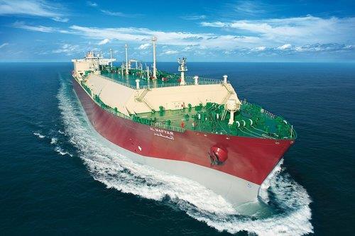 韩国建造亚洲首艘LNG运输加注船定名济州LNG2号