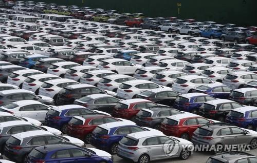 资料图片:现代汽车蔚山工厂出口码头 韩联社