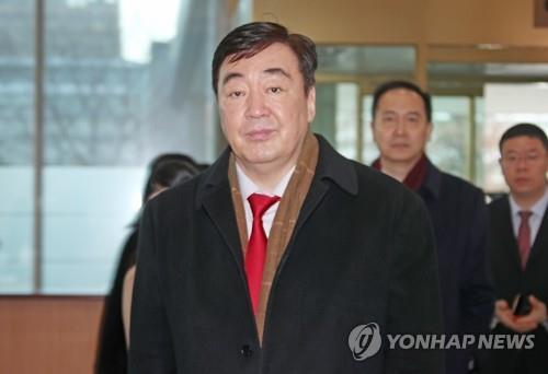 中国驻韩大使明就新冠病毒疫情举行媒体吹风会