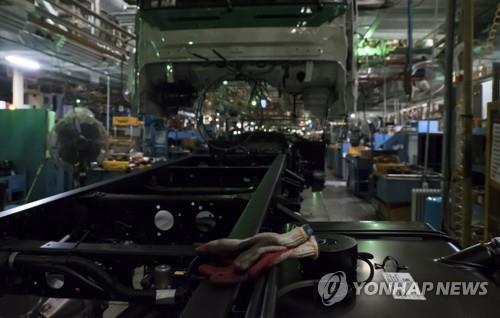 现代汽车卡车生产车间停运。 韩联社/现代汽车供图(图片严禁转载复制)