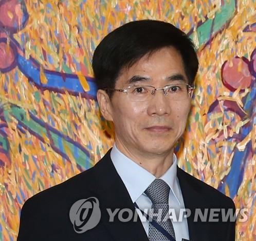 资料图片:韩国新任驻武汉总领事姜承锡 韩联社