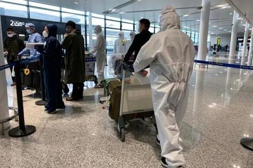 京沪两地安排专车接送自韩入境者