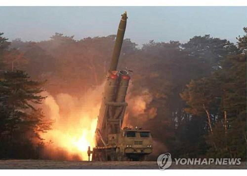 详讯:朝鲜发射2枚疑似近程弹道导弹的飞行器