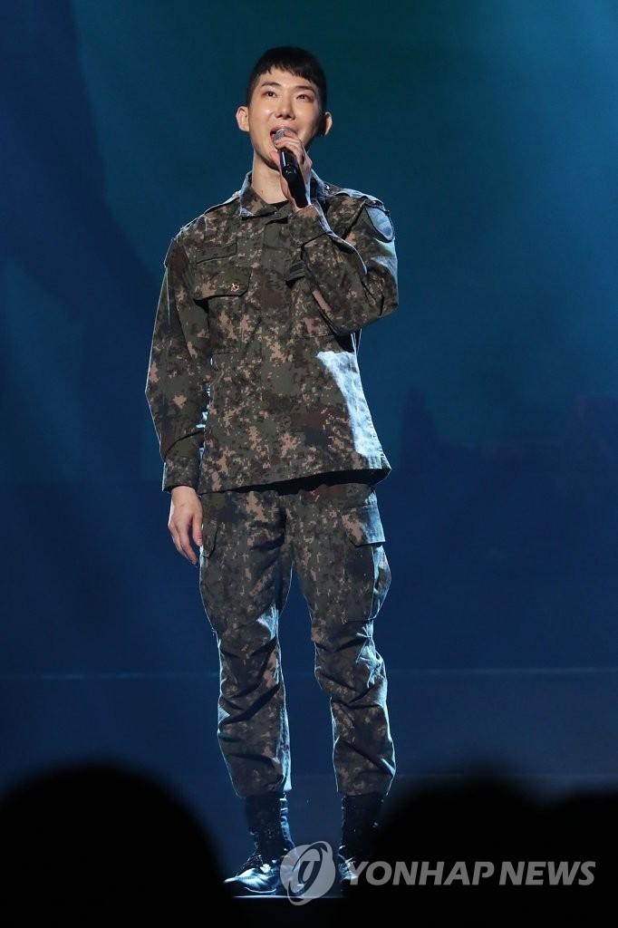 资料图片:2019年9月,在首尔龙山区BLUE SQUARE,赵权出席陆军创作音乐剧《归还》发布会。 韩联社