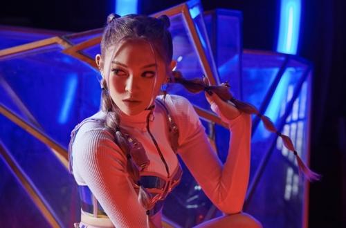 歌手AleXa将首推迷你专辑
