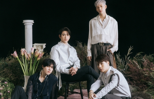 GOT7成员有谦(左起)、珍荣、BamBam和Jackson 韩联社/JYP娱乐供图(图片严禁转载复制)