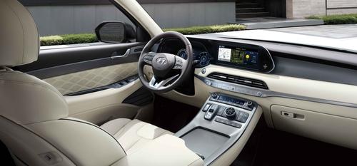 现代汽车5月6日表示,现代2020款SUV帕利塞德(Palisade)当天正式发售。图为新款帕利塞德内部渲染图。 韩联社/现代起亚汽车供图(图片严禁转载复制)