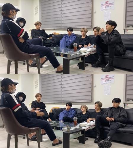 防弹少年团线上直播新专辑制作会议