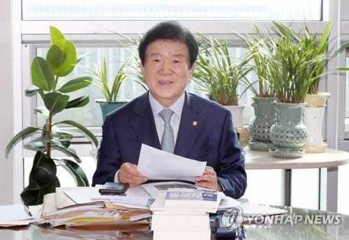 韩执政党议员朴炳锡当选国会议长已成定局