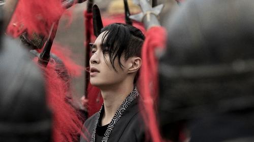 EXO张艺兴下月将推个人四辑
