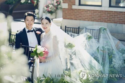 李东健赵允熙官宣离婚