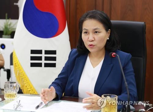 韩贸易代表俞明希完成世贸组织总干事候选人登记