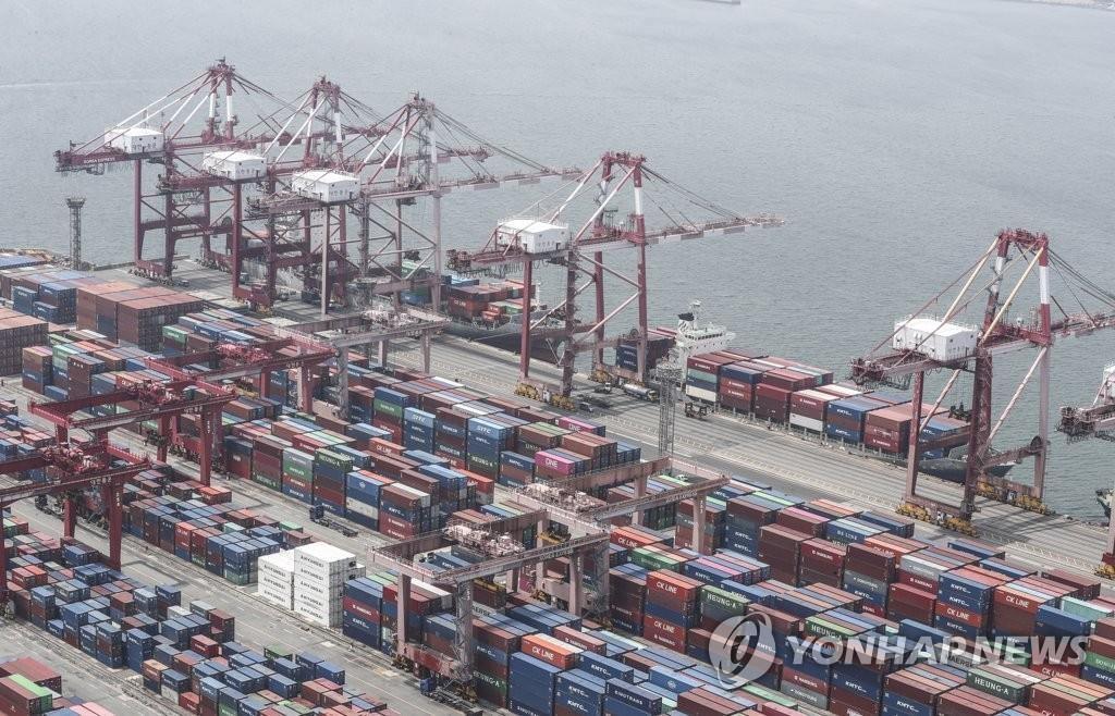 资料图片:釜山神仙台码头 韩联社