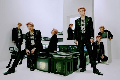 EXO灿烈世勋小分队参与新辑全曲填词