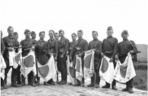 俄罗斯公开苏军二战旧照与韩共同纪念光复