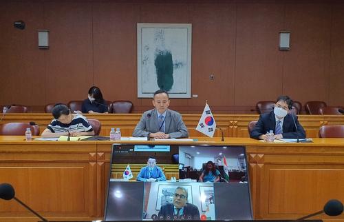 韩印举行核裁军与核不扩散视频会
