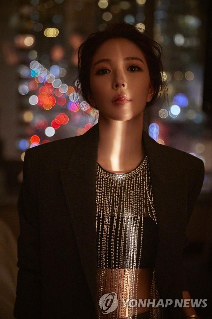 资料图片:歌手宝儿 韩联社/SM娱乐供图(图片严禁转载复制