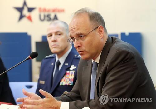 美军控特使:与韩方分享中国导弹情报