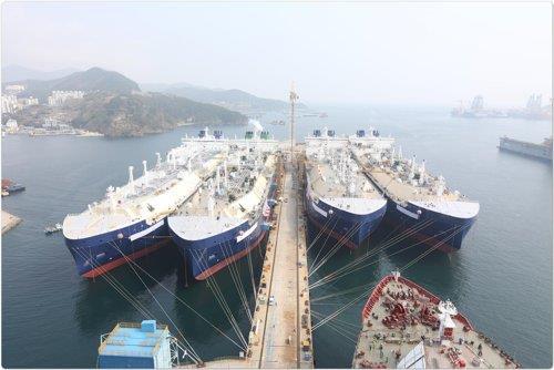 韩国大宇造船签下LNG船逾百亿大单