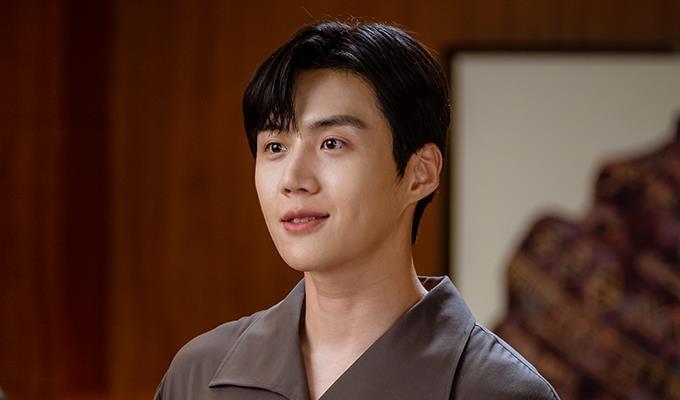 新剧《START UP》金宣虎剧照 tvN供图(图片严禁转载复制)