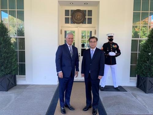 详讯:韩国国安首长徐薰会晤美国国安助理奥布莱恩
