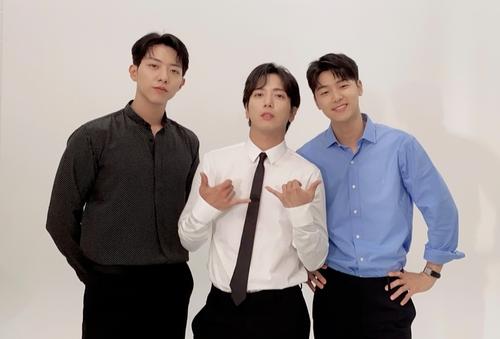 CNBLUE与东家续约 年内发表新辑