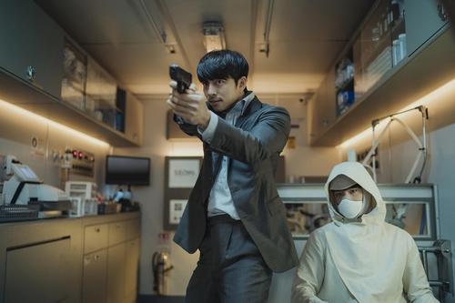 孔侑朴宝剑新片《徐福》发布会在线举行