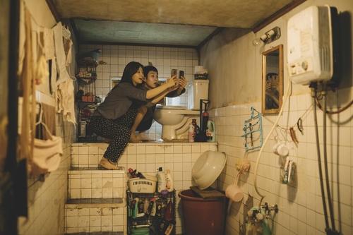 《寄生虫》获亚洲电影大奖四奖成最大赢家