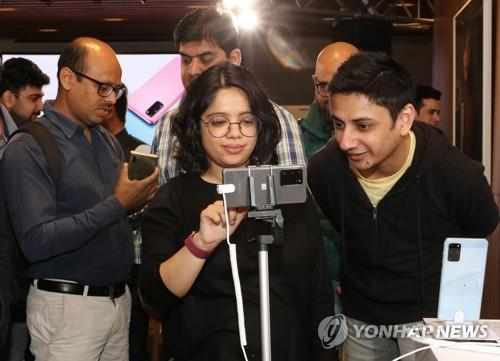 三星智能手机第三季在印市占率24%重夺冠军