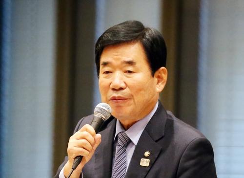 韩日议员联盟举行会晤商讨增进两国关系