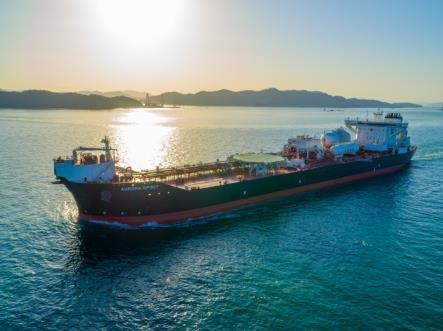 韩国两大船企成功签下油轮大单
