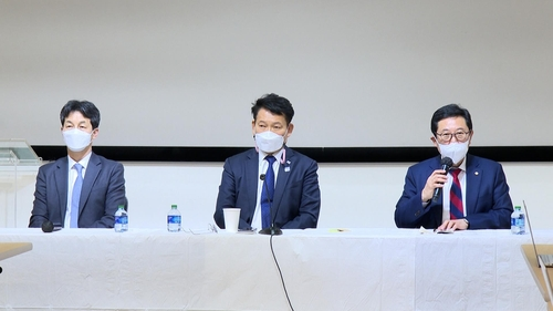 韩执政党议员团介绍访美结果