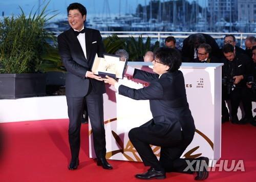 宋康昊金敏喜入选《纽约时报》21世纪最伟大演员