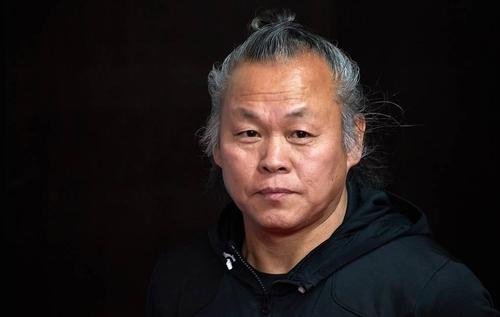 韩国导演金基德在拉脱维亚感染新冠去世