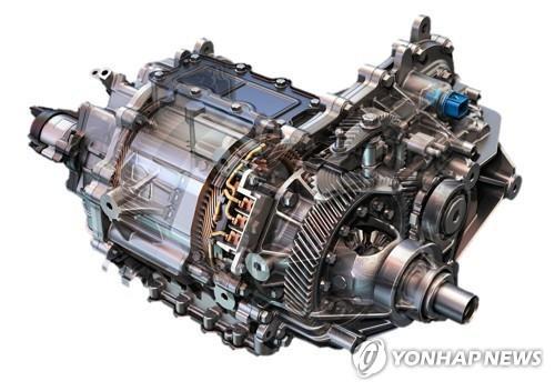 图为电动汽车动力总成的核心零部件。 韩联社/LG电子供图(图片严禁转载复制)