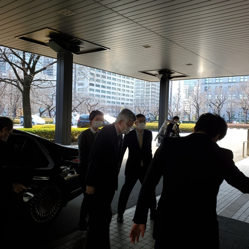 日政府约见韩大使抗议慰安妇受害者索赔胜诉