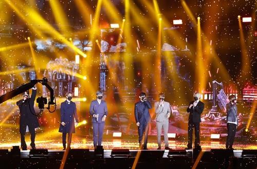 一周韩娱:防弹获金唱片大奖 胜利涉教唆再被起诉