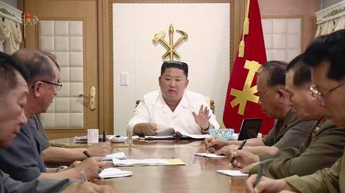 朝鲜播纪录片颂扬金正恩抗疫抗灾功绩