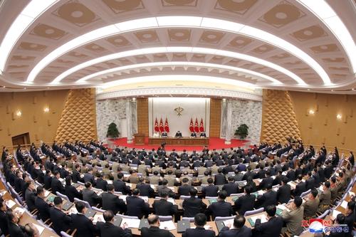 据朝中社9日报道,朝鲜8日召开第八届中央委员会第二次全体会议。 韩联社/朝中社(图片仅限韩国国内使用,严禁转载复制)